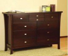 8901 Dresser