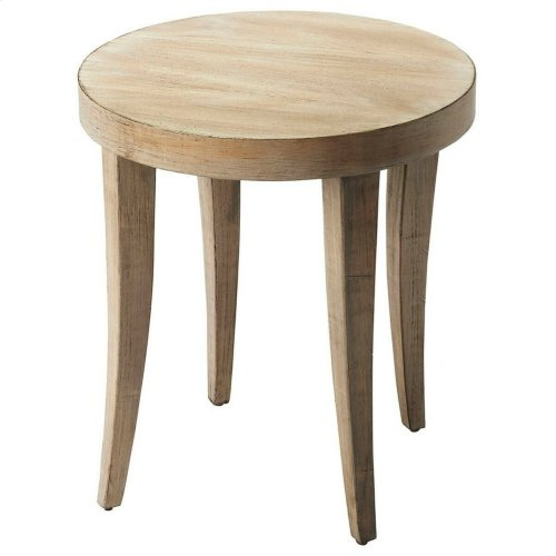 This little round Seton bunching table would look perfect next to your couch or love seat. The coastal feeling Driftwood finish makes it simple yet elegant. It's the perfect place to set your cup or book down while you nod off or enjoy a conversation.