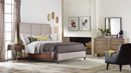 Bedroom Studio 7H Encase Nightstand