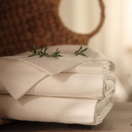 Sleep Plush + White 4-Piece 500 Thread Count Cotton Bed Sheet Set, Queen