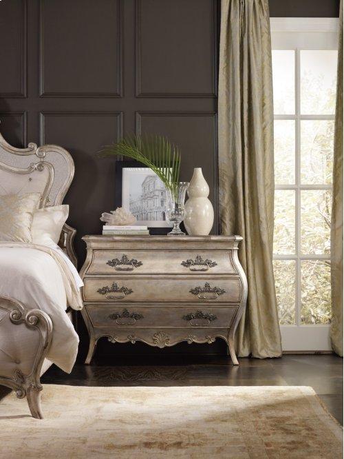 Bedroom Sanctuary Bachelors Chest