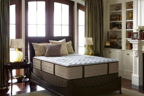 Estate Collection - Oak Terrace II - Luxury Cushion Firm - Queen - Mattress Only