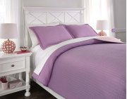 Full Coverlet Set Product Image