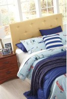 Full Upholstered Headboard Product Image