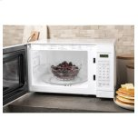 GE ®0.7 Cu. Ft. Capacity Countertop Microwave Oven
