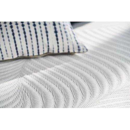 Conform - Essentials Collection - Treat - Cushion Firm - Split Queen