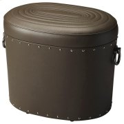 This leather storage ottoman is a beautiful and functional addition to virtually any space. Crafted from slect wood solids and wood products, it boasts saddle-stitched top grain leather with a concentric oval ring pattern on the removable lid, while the m Product Image