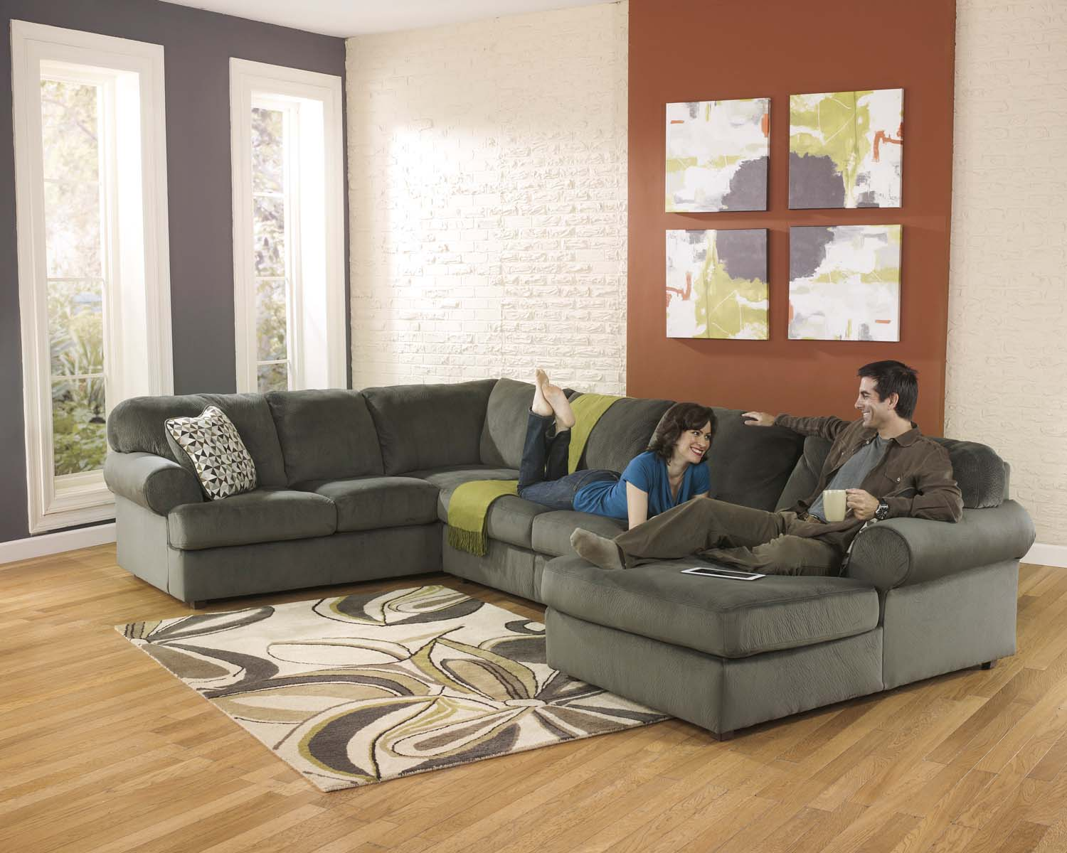 Jessa Place   Pewter 3 Piece Sectional
