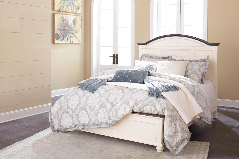 Woodanville   White/Brown 3 Piece Bed Set (Queen)