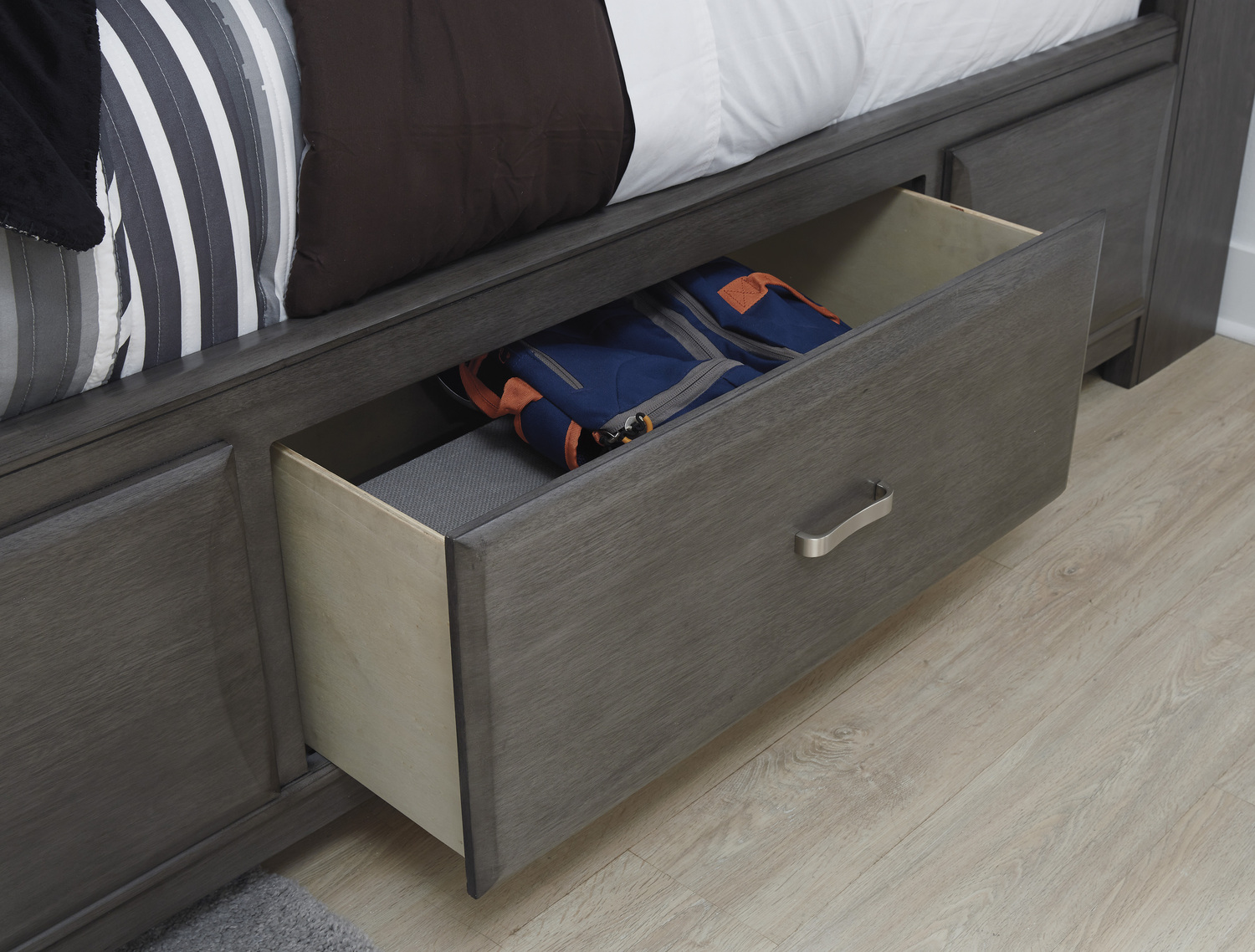 House To Home Furniture