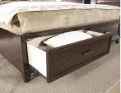Fairview 5/0 Storage Footboard