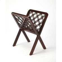 This stylish magazine rack is the perfect display space for your collection, of magazine, comic books or other tabliod publications. This elegantly styled modern magazine rack is crafted from Mango and MDF, and will add a level of sophistication to your s