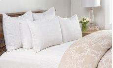 Cressida White Queen Quilt 92x96 Product Image