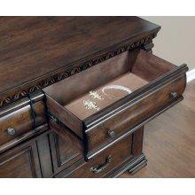 Satterfield Traditional Warm Bourbon Six-drawer Dresser