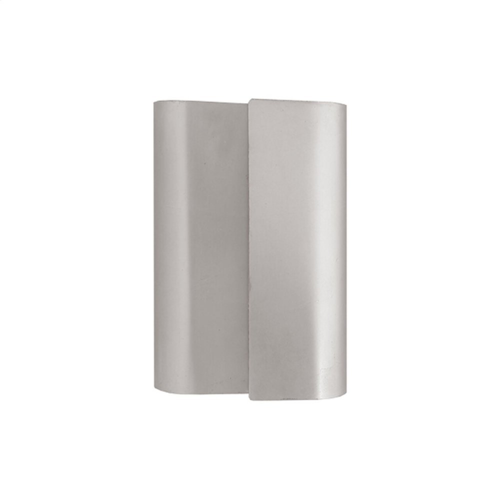 Sculptural Metal Wall Sconce In Silver Leaf Ul Approved for 2 40w Bulbs.