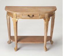 A weathered Driftwood finish adds casual sophistication to this traditional console table. Crafted from rubberwood solids, wood products and choice cherry veneers, it features four Queen Anne-inspired legs with a storage drawer and display shelf for stora