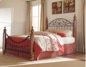 Wyatt - Reddish Brown 3 Piece Bed Set (Queen)