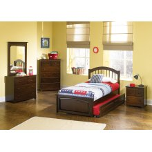 Windsor Twin Raised Panel Foot Board with Raised Panel Trundle Walnut