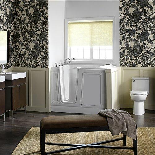 Acyrlic Luxury Series 30x51 Walk-in Tub Left Drain  American Standard - White