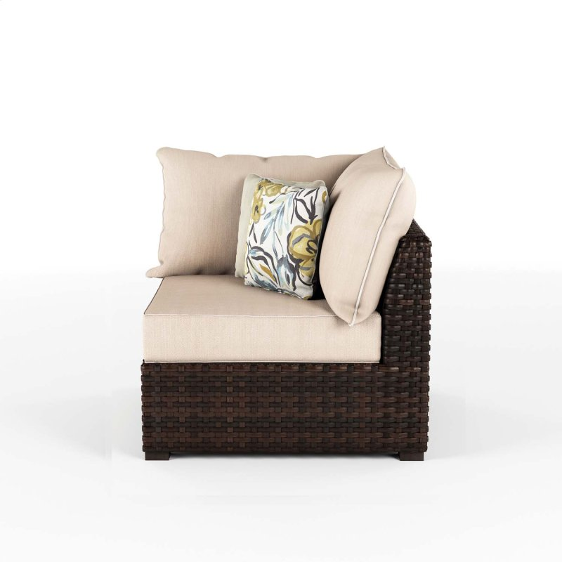 Hidden Additional Corner With Cushion 2 Cn