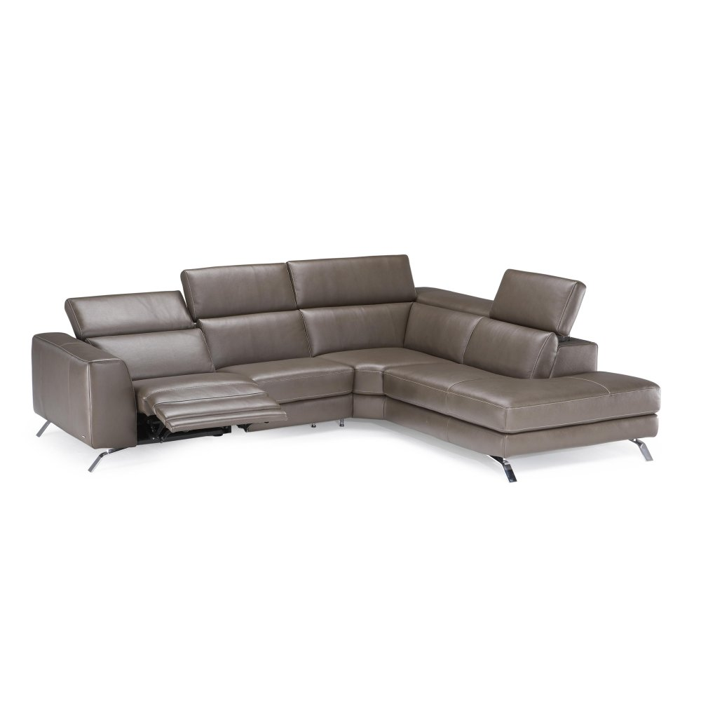 Natuzzi Editions B795 Sectional with motion