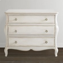 Classics by Bassett Bombe Chest