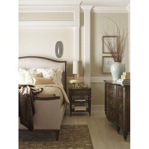 Wellington Upholstered Bed (Cal. King)