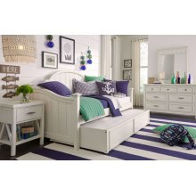 Lake House Daybed, Twin 3/3