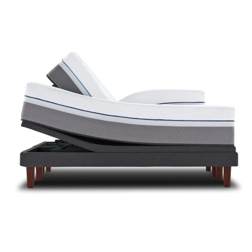 Posturepedic Premier Hybrid Series - Silver - Plush - Queen - FLOOR MODEL