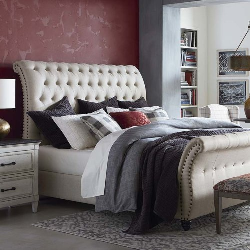 Custom Uph Beds Valencia King Sleigh Bed