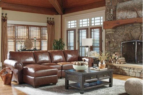 Lugoro - Saddle 3 Piece Sectional