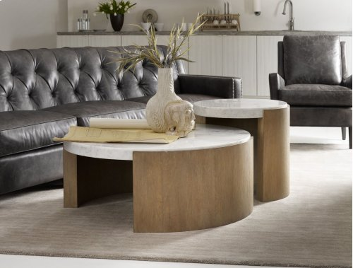 Living Room Curata Round Cocktail Table