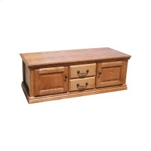 A-T304 Traditional Alder 2-Door Coffee Table