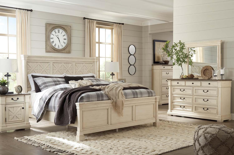 Charmant Bolanburg   Antique White 3 Piece Bed Set (King)