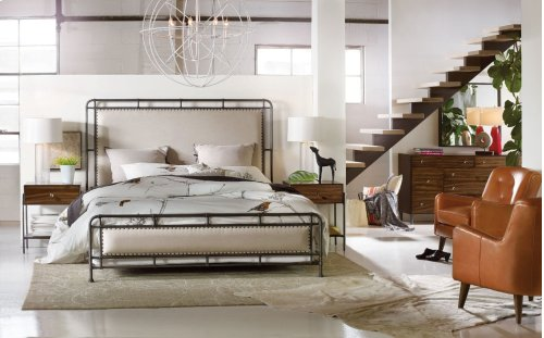 Bedroom Studio 7H Slumbr King Metal Upholstered Bed