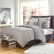 7 Pc Queen Duvet Set Gray