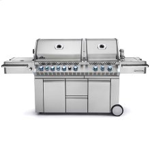 Prestige PRO 825 with Infrared Rear and Side Burners