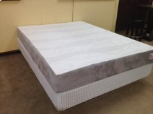 "King 8"" Memory Foam Mattress"