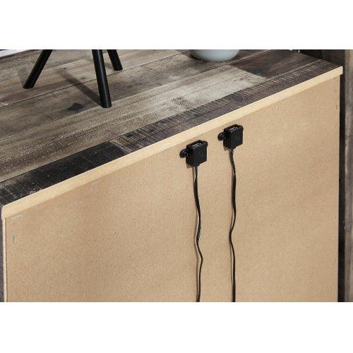 B200 Two Drawer Nightstand (Derekson)