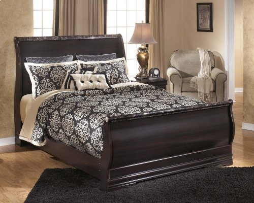 Esmarelda - Dark Merlot 3 Piece Bed Set (Queen)