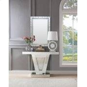 NYSA CONSOLE TABLE Product Image