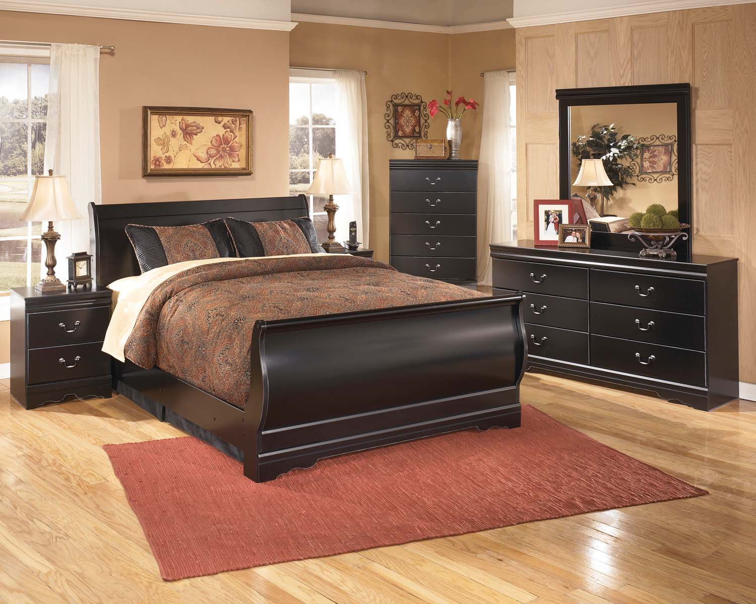 Huey Vineyard   Black 7 Piece Bedroom Set