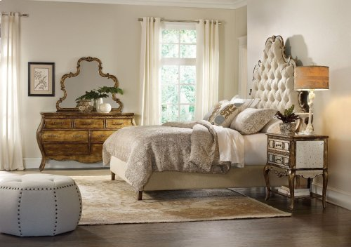 Bedroom Sanctuary California King Tufted Bed - Bling