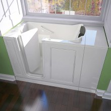 "Luxury Series 28"" X 48"" Walk-in Tub Air Bath  American Standard - White"