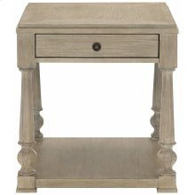 Santa Barbara End Table in Sandstone (385)