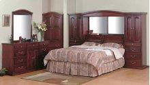 7100 Maple Pier Suite