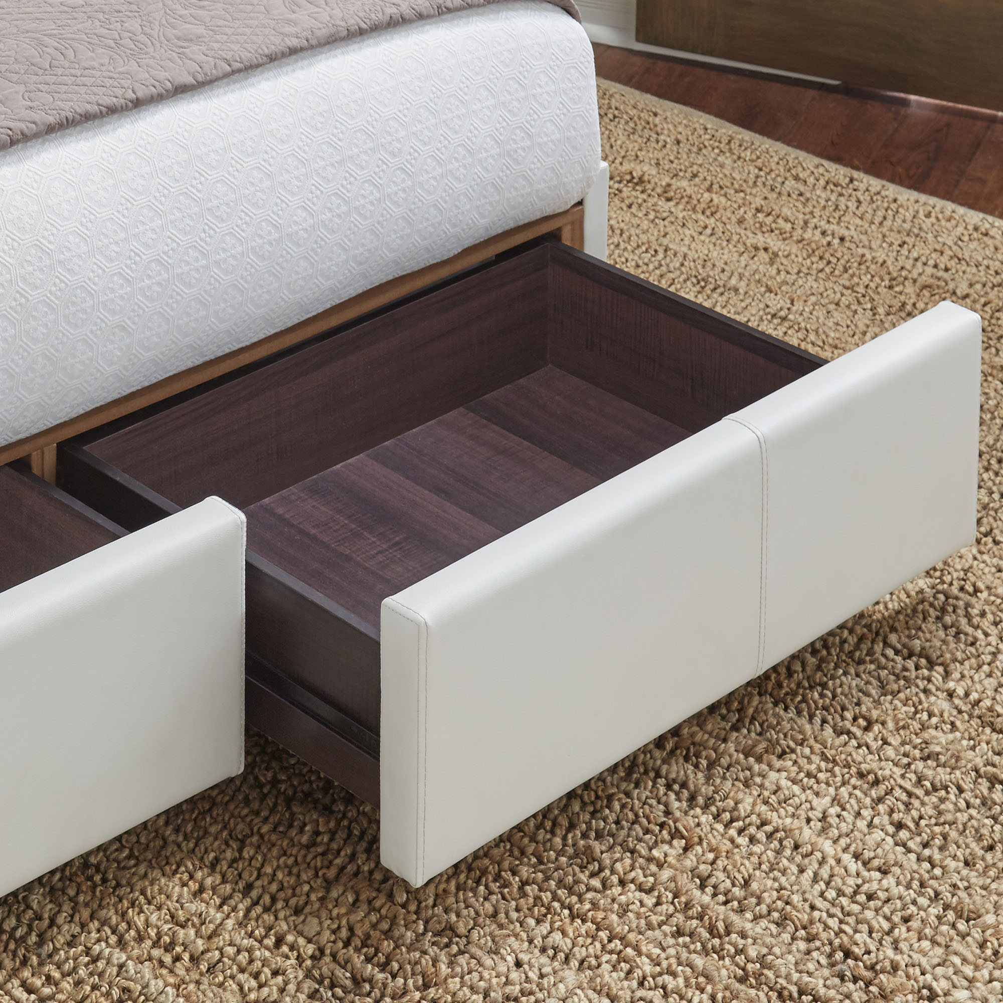 Incroyable B71316 In By Fashion Bed Group In Dickson, TN   Delaney Storage Bed With  Faux Leather Upholstered Frame And (2) Footboard Drawers, Polar White  Finish, King