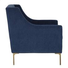Elara Club Chair