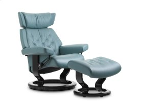 Stressless Skyline Large Classic Base Chair and Ottoman