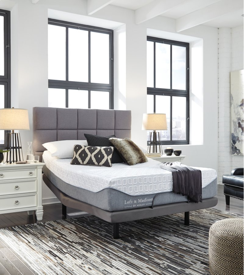 M73631 In By Ashley Furniture In Garland Tx Queen Mattress
